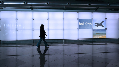 הנוסעת הגיעה מלונדון ועברה דרך חמישה נמלי תעופה. אילוסטרציה